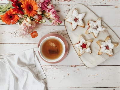 Italian marmellate Star/Heart shaped biscuits.